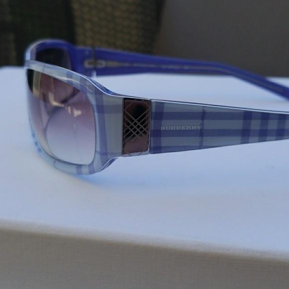 437b3a403b Authentic Burberry sunglasses glasses blue